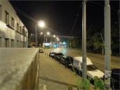 Noční snímek fotoaparátem Nikon P300