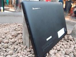 Lenovo ThinkPad Tablet - zadn� strana a konektory