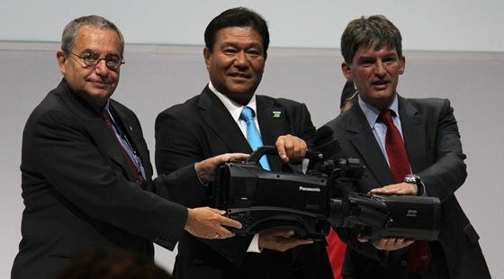 Zástupce Panasonicu, Mezinárodního olympijského výboru a Olympic Broadcasting