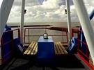 Na střeše kabiny je terasa s posezením a výhledem na Severní moře.