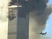 Let 175 narazil rychlostí 950 km/h do jižní věže (WTC 2) Světového obchodního