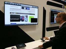 Místo dálkového ovládání lze použít i tablet nebo telefon s Androidem