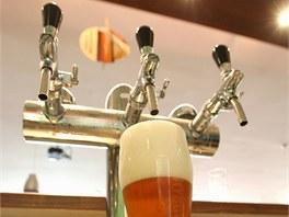Čerstvě natočené pivo.