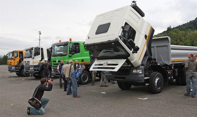Automobilka Tatra ukázala nový typ nákladního vozidla médiím.