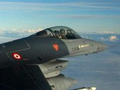 Letoun F-16 tureck�ho letectva