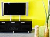 Častým hříchem je příliš barevný interiér a zbytečně velká televize.