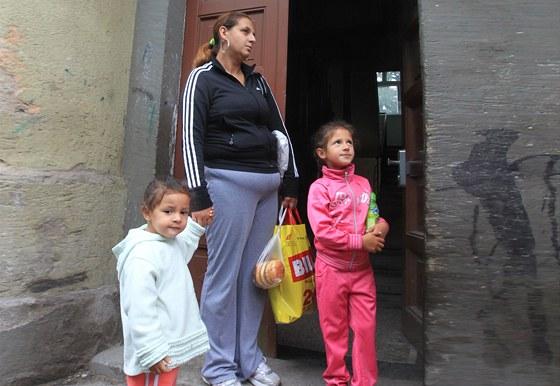 Revoluční ulice v Chrudimi - město opravuje zanedbané domy, v několika z nich