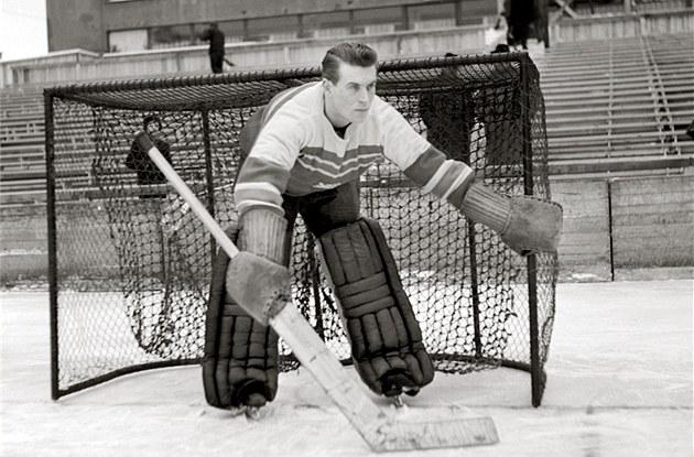 Bo�a Modrý na snímku z února 1947