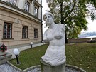 Sou�asn� podoba Lichten�tejnsk�ho pal�ce na �esti�heln�kov�m p�dorysu je v�sledkem rekonstrukce ze 17. stolet�.