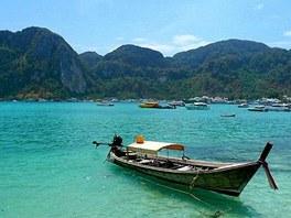 Thajsko, Phi Phi Don - Scenérie ostrovů Phi Phi je jak z katalogu cestovních