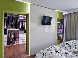 Ložnice je v porovnání s hlavní částí interiéru malá, ale velice útulná.