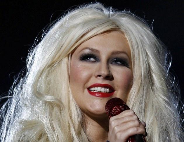 Christina Aguilera na vzpomínkovém koncert� Michael Forever