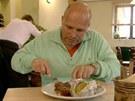 Pohlreich ochutnává v restauraci U stoleté lípy