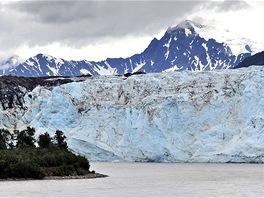 Child's Glacier, nejaktivnější ledovec na Aljašce.