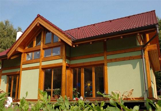 Rodinný dům v Liberci  - těžký dřevěný skelet (autor Ing. Milan Peukert)