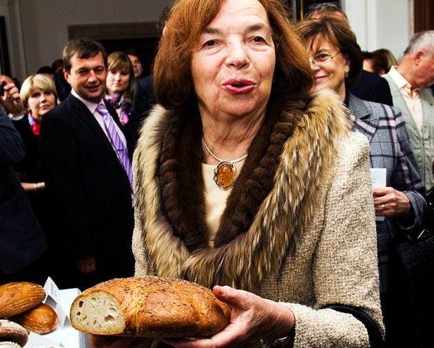 První dáma Livia Klausová na oslavách Světového dne chleba (13. října 2011)