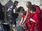 monopost Red Bull vytvo�il dal�� rekord, v Him�laji projel nejvy��� silnici