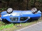 Nehoda u Vamberku, při které skončil na střeše řidič s Volkswagenem Vento.