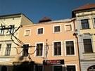 Dům číslo 5 v ulici 8. května v Olomouci, jemuž se částečně zřítila čelní zeď.