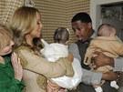 Mariah Carey, jej� man�el Nick Cannon a dvoj�ata Moroccan a Monroe