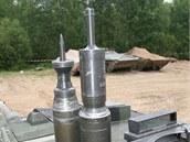 Munice tanku leoprad 2A6. Blíž je kumulativní střela s distančním zapalovačem ,