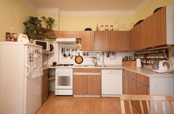 Kuchyni Betina si pořídili majitelé hned po svatbě, před 35 lety.