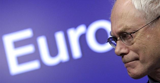 """Evropský """"prezident"""" Herman van Rompuy na protidluhovém summitu (26. �íjna 2011)"""