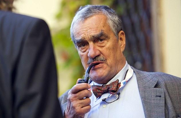 P�edseda TOP 09 a ministr zahrani�ních v�cí Karel Schwarzenberg