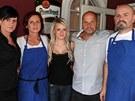 Šéf a rodina Kuřetových, která vybudovala a provozuje restauraci U Zběhlíka v
