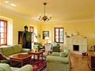 Kombinování starého s novým dodává interiéru šarmantní vzhled i pohodlí.