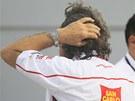 Paul Simoncelli, otec Marka Simoncelliho, čeká na zprávy od lékařů. Bohužel