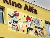 Nové grafitti na fasádě 3D kina Alfa v Sokolově