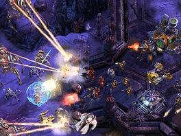 State on StarCraft: Stardust's Upgrade-Centric Protoss Vs. Zerg.