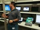 HP se chlubí jedním z největších testovacích středisek. Na stovkách notebooků