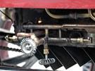 Detail zrenovavovaného Locomobilu.