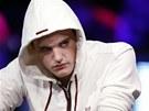 BLUFUJE? Finalista Světové pokerové série Pius Heinz z Německa klamal očima a