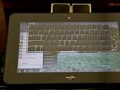 Microsoft chce ukázat, že i jeho software běží na tabletech. Asistenti z