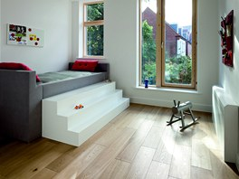 Hladké povrchy podlah v celém domě brání zachycování nečistot v podlaze a