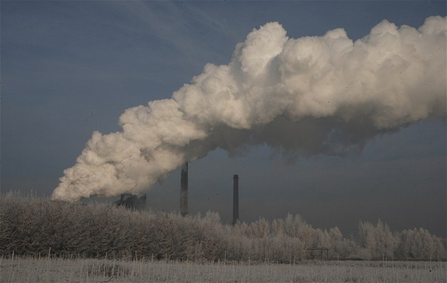 Koncentrace polétavého prachu místy a� �ty�násobn� p�ekra�uje povolené limity,