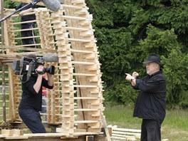 Martin Rajniš při natáčení v Horním Maxově