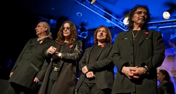 Kapela Black Sabbath oznamuje sv�j n�vrat na koncertn� p�dia a nahr�v�n� nov�ho