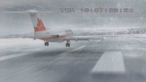 Rekonstrukce vzletu letounu Fokker F-28 při letu Air Ontario 1363