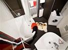 Koncept Rosa 95 (RAVAK) je určen především majitelům malých koupelen, majitelce