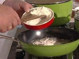 Udělejte si máslovou jíšku.