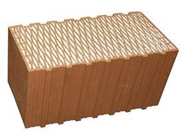 Pěnovým polystyrenem můžete vyplnit i dutiny cihelných bloků – mají pak dobré