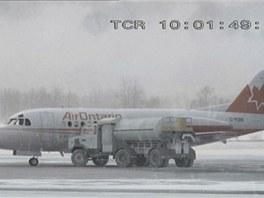 Letoun Fokker F-28 v nepříznivých podmínkách