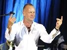Sting při červencovém vystoupení ve Španělsku (2011)