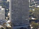 Naposledy si v Sierra Towers koupila byt herečka Courteney Coxová za dva