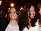 Angelina Jolie, její matka Marcheline Bertrandová a Jacqueline Bissetová