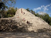 Mayské naleziště Coba - pyramida Nohoch Mul